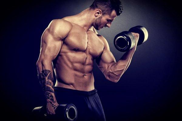 Какими упражнениями накачать бицепс