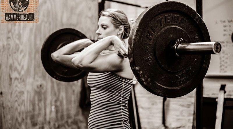 Поднятие штанги на грудь – для сильных телом!