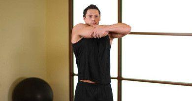 Растяжка мышц рук и плечевого пояса – комплекс упражнений