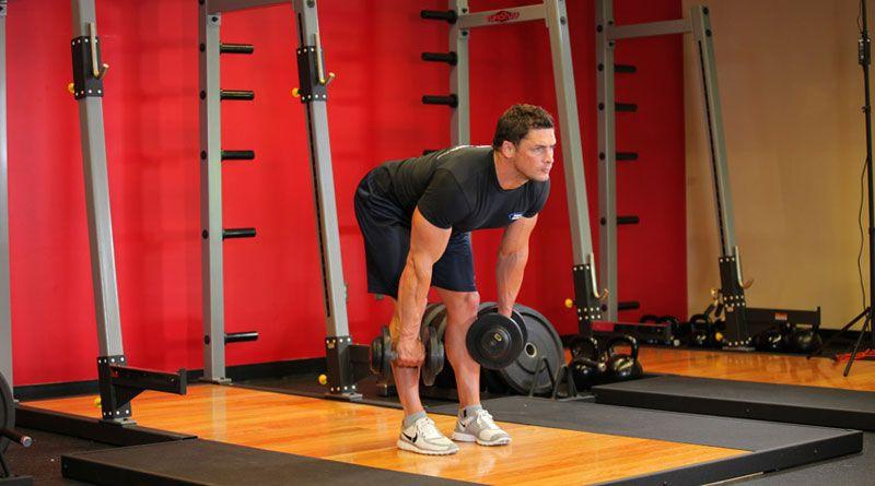 Делаем становую тягу с гантелями – кому полезно это упражнение