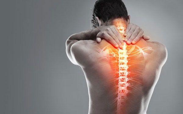 Напряжение в шее и верхней части спины