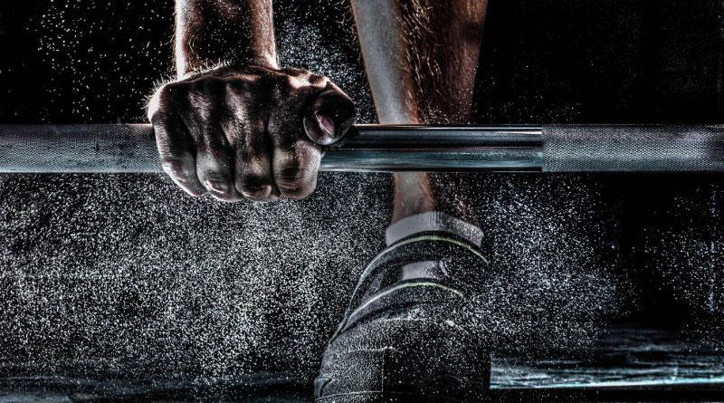 Введение в силовые тренировки — для чего и как заниматься, что учитывать