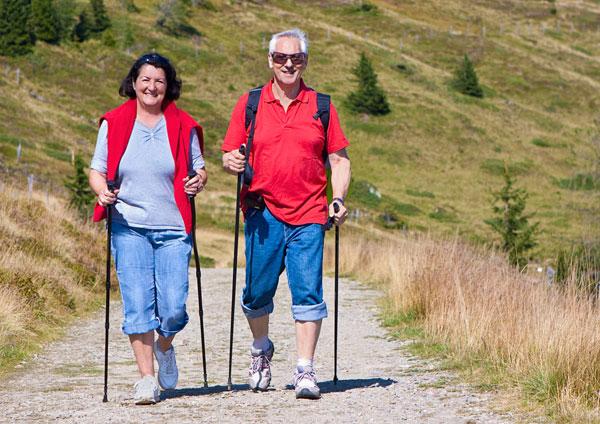 04334e4f2bac Скандинавская ходьба с палками  техника, польза и противопоказания