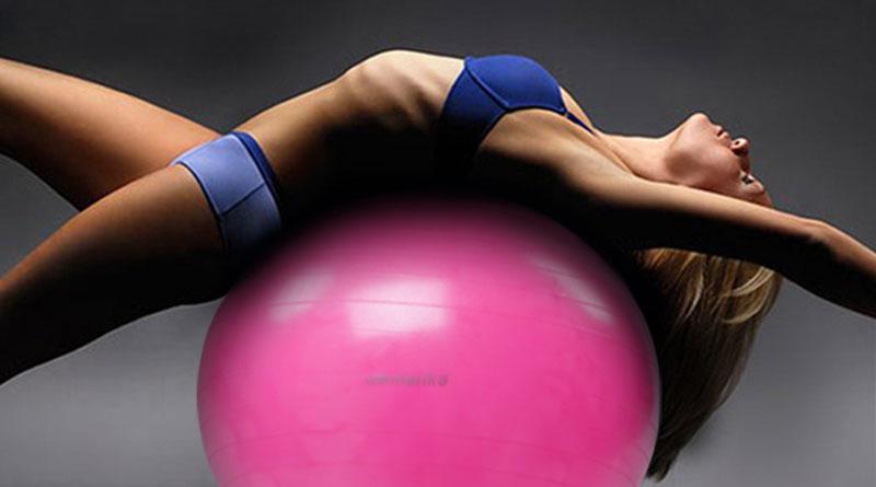 Комплекс упражнений для спины на фитболе