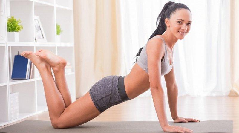 Польза утренней зарядки и два комплекса упражнений для ее выполнения