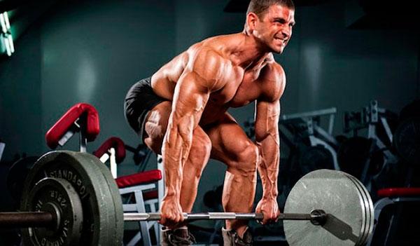 Выполнение становой тяги может привести к боли в пояснице