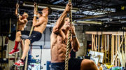 Программы кроссфит-тренировок для мужчин — дома и в зале