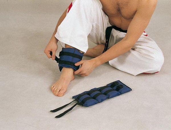 Использование утяжелителей для ног